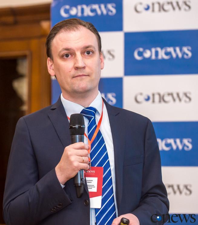 Павел Ульихин, начальник отдела компетенций BI и RPA «Объединенной металлургической компании»: Для того, чтобы процесс роботизации был успешным, надо наладить сотрудничество с бизнесом и активно предлагать ему новые направления, где может быть полезным RPA