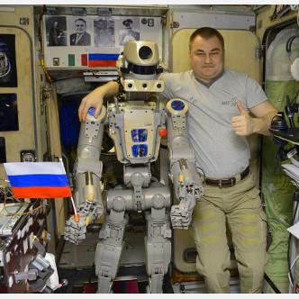 Для чего российский робот отправился на МКС