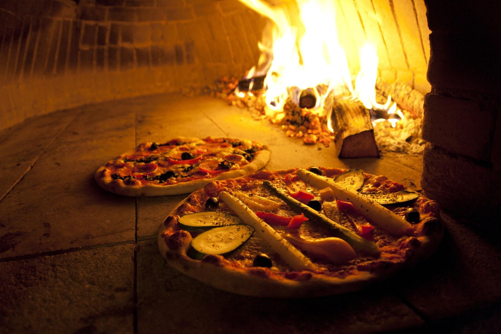 pizza7444051920.jpg