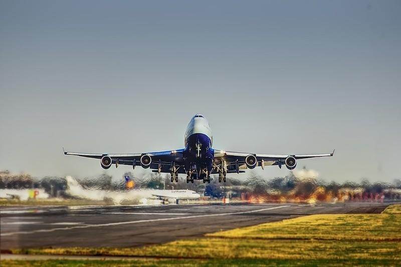 airplane2745898960720.jpg