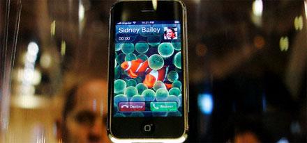 Билайн первым объявил о начале продаж iPhone в России
