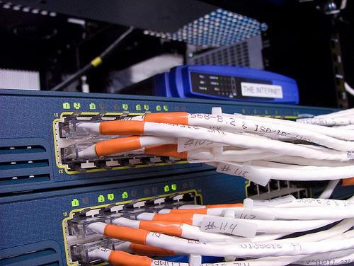 http://filearchive.cnews.ru/img/cnews/2009/08/24/int_846ca.jpg