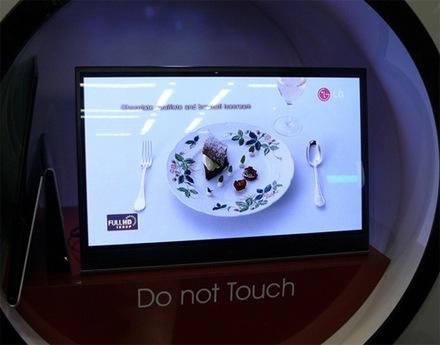 Маленькие OLED-ТВ сменятся большими и недорогими моделями