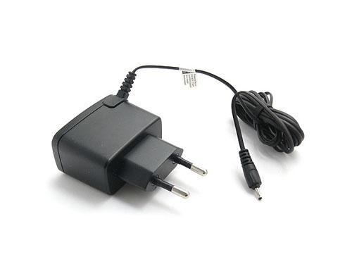 Описание Зарядное устройство Nokia AC-3E Сетевое зарядное устройство Nokia AC-3E обеспечит быструю подзарядку вашему...