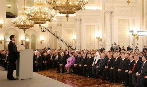 В послании Федеральному собранию Дмитрий Медведев в очередной раз заявил о важности модернизации экономики и технологического обновления