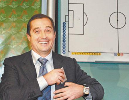 Аналитики полагают, что Сергей Липатов попытается вернуться к руководству клубом
