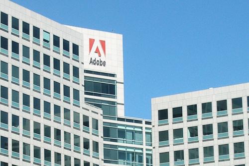 Adobe предложила российским школам приобрести лицензии на свои продукты со скидкой 99%