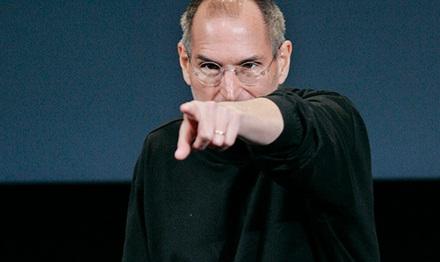 Стив  Джобс не позволит iPhone проиграть конкуренцию Google