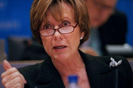 Идея коммисара ЕС по ИТ Нейли Кроес о переходе госорганизация Евросоюза на открытое ПО нашла поддержку министров