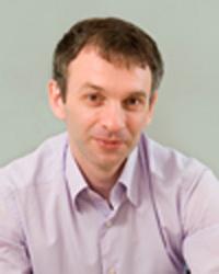 Ларина, проработавшего в этой должности 2 года, пришел Ярослав Попов.