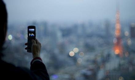 Японские производители мобильников ищут пути выживания