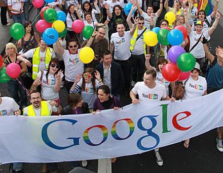 Google поднимет зарплату геям и лесбиянкам