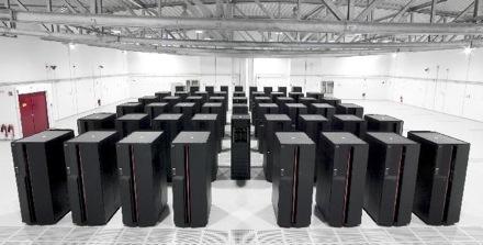 В Intel уверены, что их новая разработка Intel MIC откроет эру экзафлопных вычислений