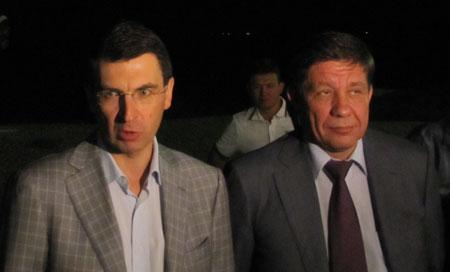 Игорь Щеголев и Владимир Поповкин лично присутствовали на ночном запуске спутника