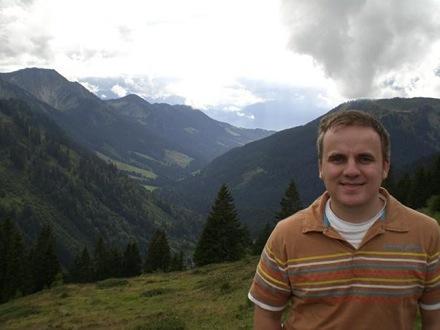 Opera Software покупает компанию, основанную предпринимателем из России Виктором Шабуровым
