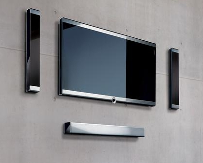 ЖК-телевизор Loewe с фирменными колонками