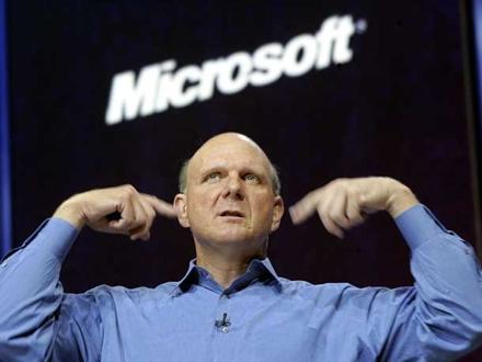 Балмер обещает увеличить объем поставок Microsoft Surface RT