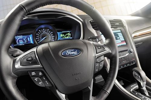 Ford серьезно обновляет прошивку гибридов - CNews