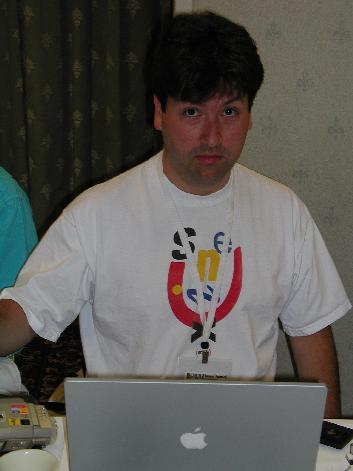 Сооснователь проекта FreeBSD Джордан Хаббард, долгое время работавший в Apple директором по технологиям Unix, уволился из компании