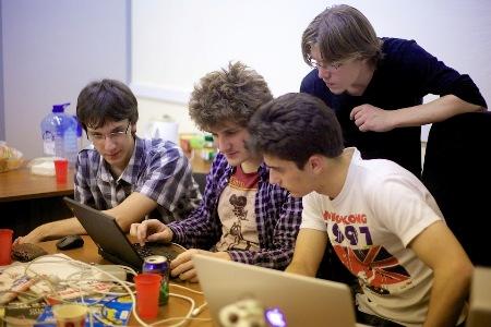 Российская команда Bushwhackers победила на международных хакерских соревнованиях iCTF 2013
