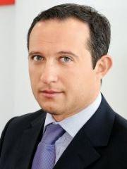 Кевин Аттард, Марк Ривкин