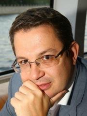 Андрей Голов