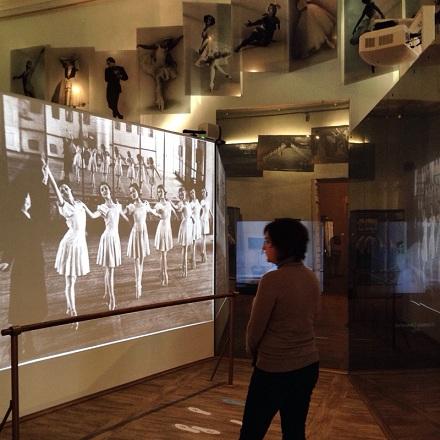 Интерактивная игровая композиция «Балетный класс» в Музее театрального и музыкального искусства Санкт-Петербурга
