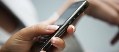 Хакеры предложили прослушку любого мобильника в мире за $20 млн