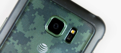 Samsung признала брак в своих «суперзащищенных» флагманских смартфонах