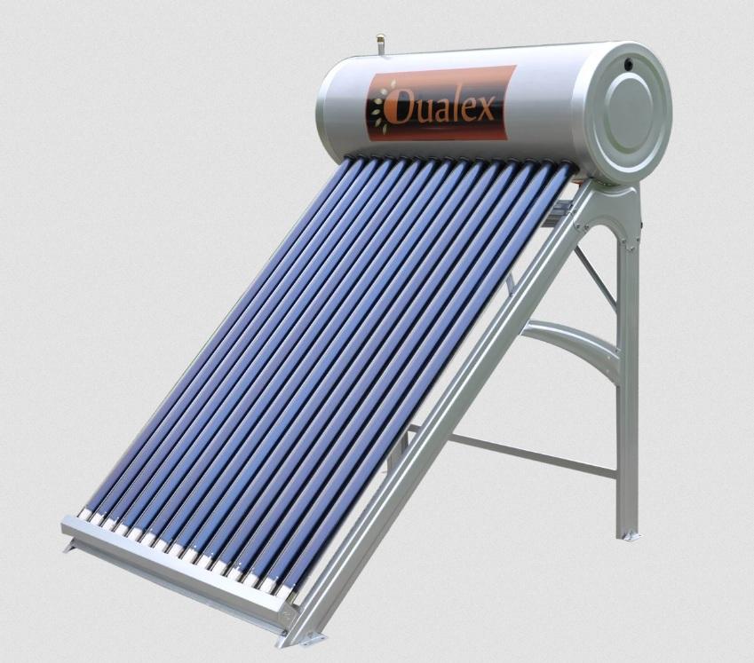«Солнечный» водонагреватель обычно устанавливается на крыше летнего душа