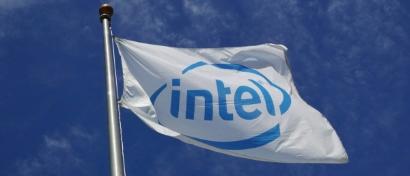 Intel получил самую большую выручку за 50 лет истории