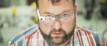 «Умные очки» Google Glass восстали из мертвых. Видео