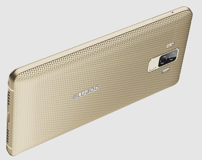 Начались продажи недорогого телефона с огромной батареей и8-ядерным процессором