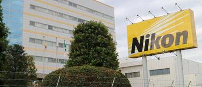 Камеры больше не нужны. Nikon выгоняет на улицу 1000 сотрудников