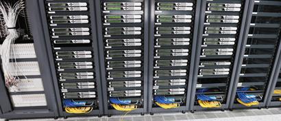 Через год две трети компаний США и Британии будут хранить данные в облаках