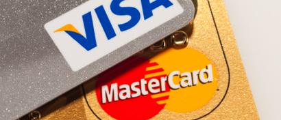 Visa и MasterCard тестируют карты со сканером отпечатков пальцев. Банкам они не нравятся
