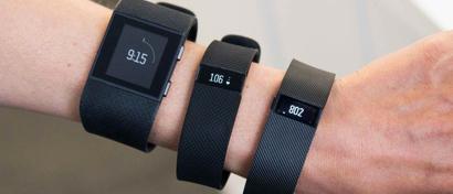 Крупнейший в мире создатель фитнес-браслетов остановил производство из-за отсутствия спроса