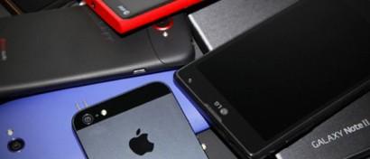 Российский рынок смартфонов от краха спасла провинция