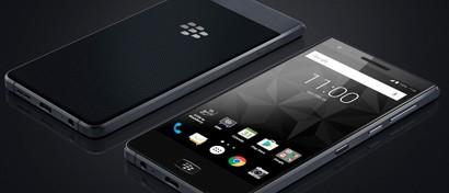 Новый BlackBerry лишили клавиатуры, но впервые дали защиту от воды. Фото