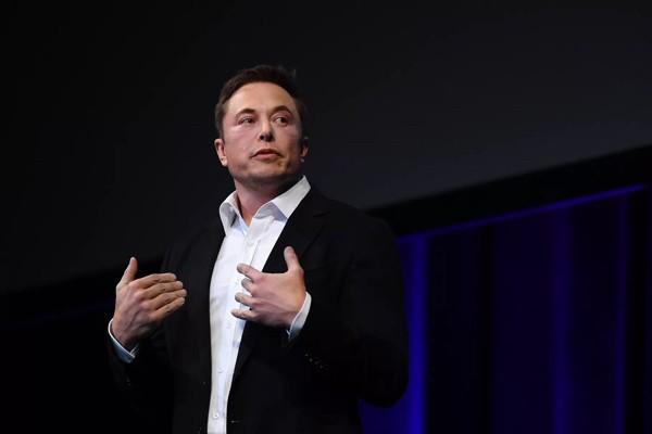 Илон Маск: Бюджетная версия Model 3 появится через три-четыре месяца