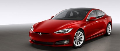 «Связной» начал выдавать Tesla напрокат. Цены