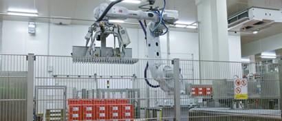 В России запущен колбасный завод, где на производстве работают только роботы. Фото