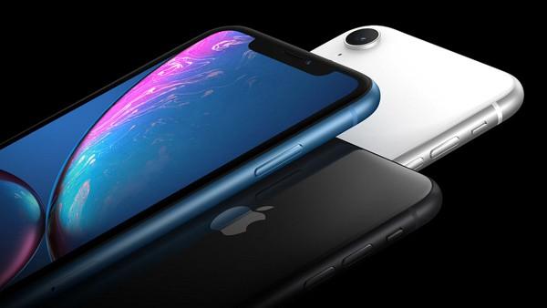 Новый iPhone XR дешевеет в России экстремальными темпами