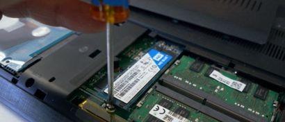 Цены на SSD за год рухнули на 50% и падают дальше
