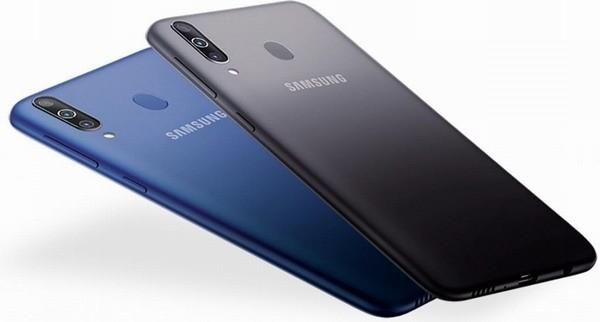 Самсунг Galaxy A10 представлен официально: 6,2 дюйма, 2/32 ГБ, $120