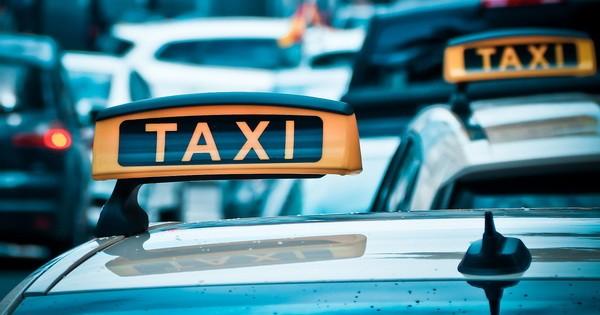 taxi600.jpg