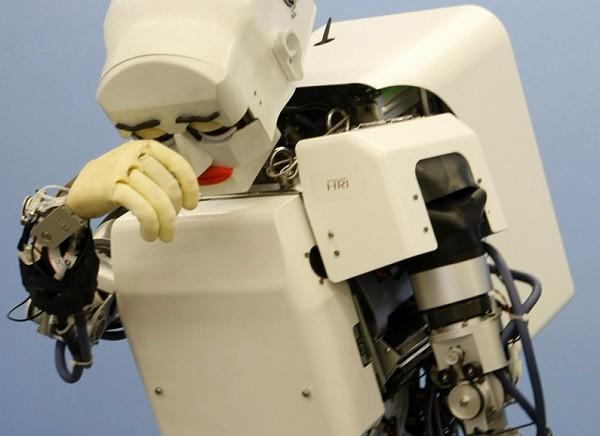 robot600.jpg
