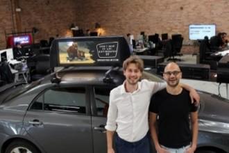 Сбербанк вложился в сервис по размещению рекламы на такси