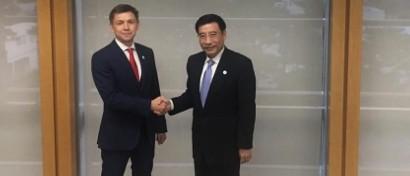 Министр связи предложил Китаю строить в России «железо» для 5G