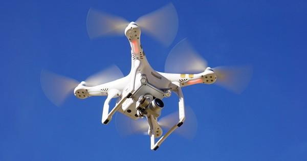 drone600.jpg